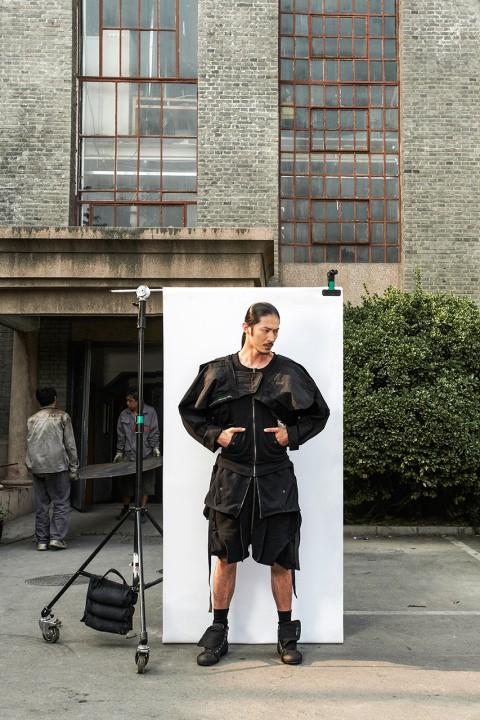 izzue-x-tsinghua-design-award-2014-lookbook-9
