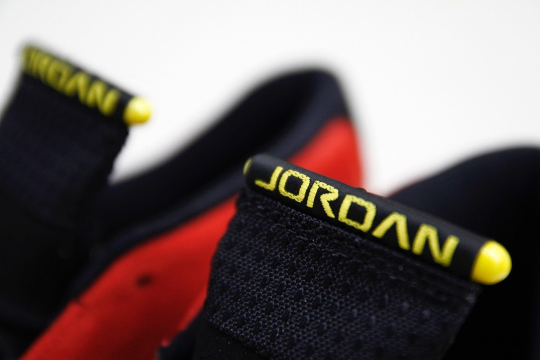 air-jordan-14-retro-ferrari-3