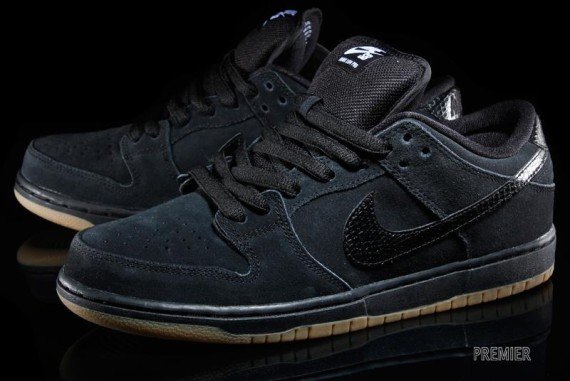 nike-snakeskin-sb-dunk-low-2