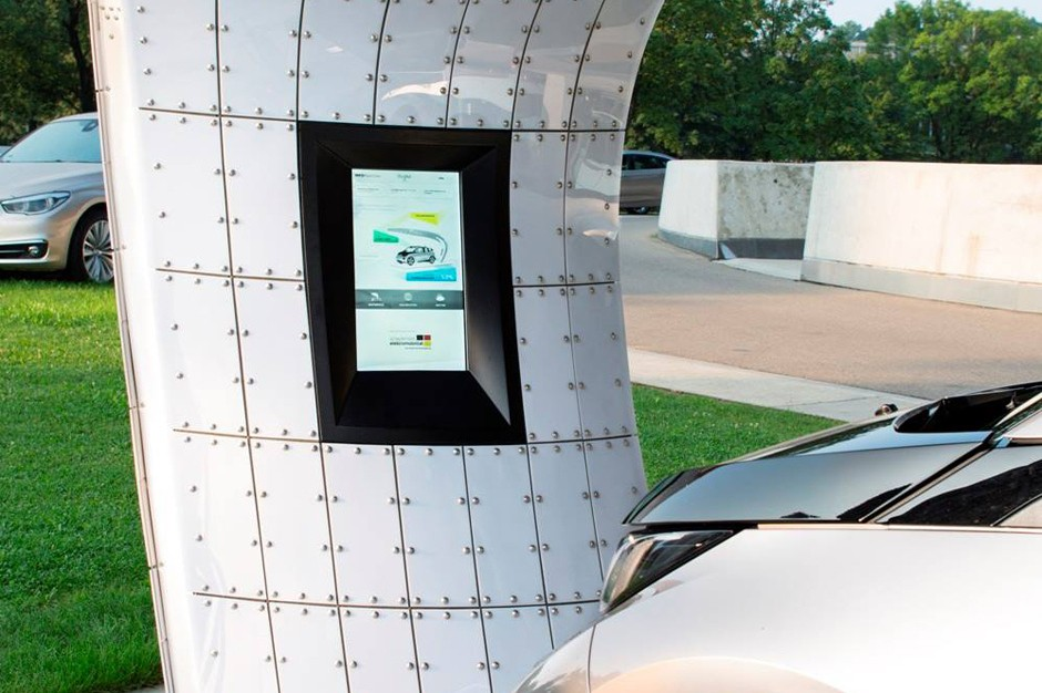 bmw-welt-point-one-solar-charging-station-2