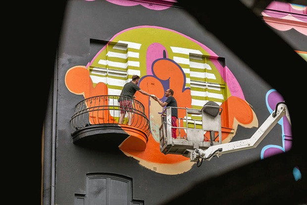 ben-eine-paints-mural-in-berlin-for-project-m-07-07