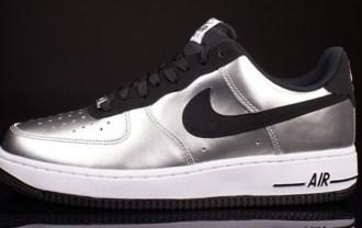 nike-air-force-1-low-metallic-silver-black-white-04-570x330