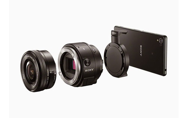 sony-officially-unveils-its-qx1-qx30-lens-style-cameras-1