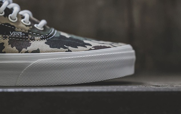 a-closer-look-at-the-carhartt-wip-x-vans-classic-2014-fall-winter-era-2