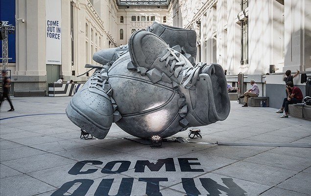 nike-sneakerball-sculpture-1