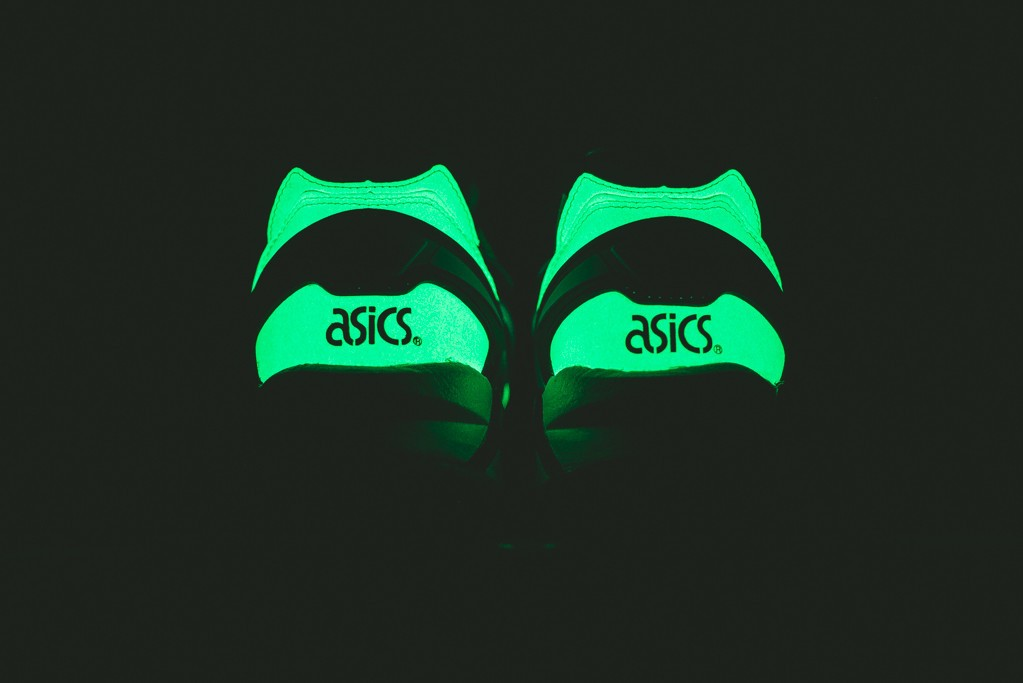 Asics_Gel_Kayano_Trainer_Glow_in_the_Dark-4