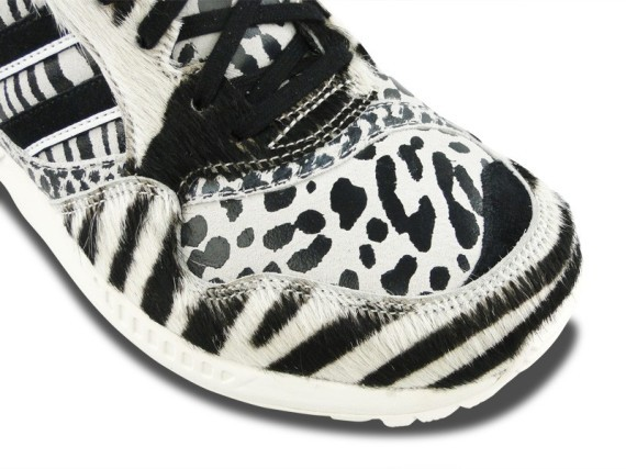 adidas-zx-6000-black-white-pony-hair-02-570x427