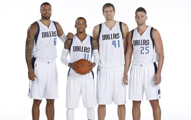 Dallas-Mavericks-team-NBA-media-day