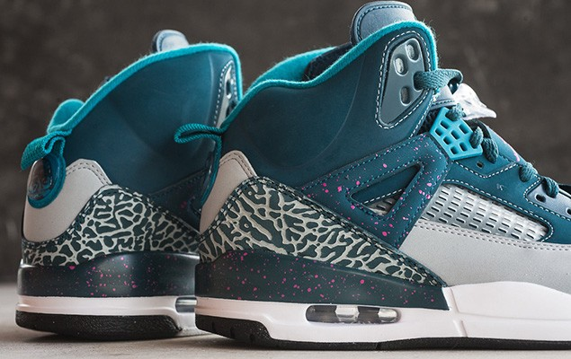 jordan-spizike-space-blue-tropical-teal-fusion-pink-4
