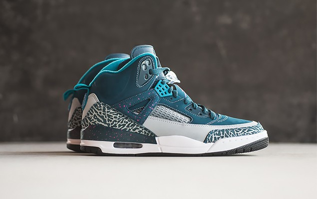 jordan-spizike-space-blue-tropical-teal-fusion-pink-1
