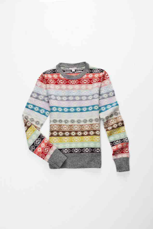 冬季系列重点推荐单品,雪花条纹毛衣 — 丰富的颜色与充满节日气息的雪花图案结合,充满时尚味道