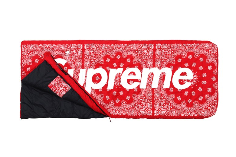 supreme-x-the-north-face-2014-fall-winter-collection-11