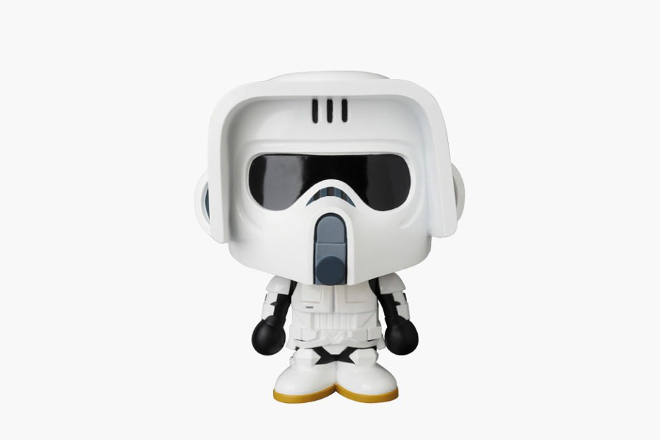 medicom-toy-a-bathing-ape-star-wars-vinyl-dolls-3-960x640