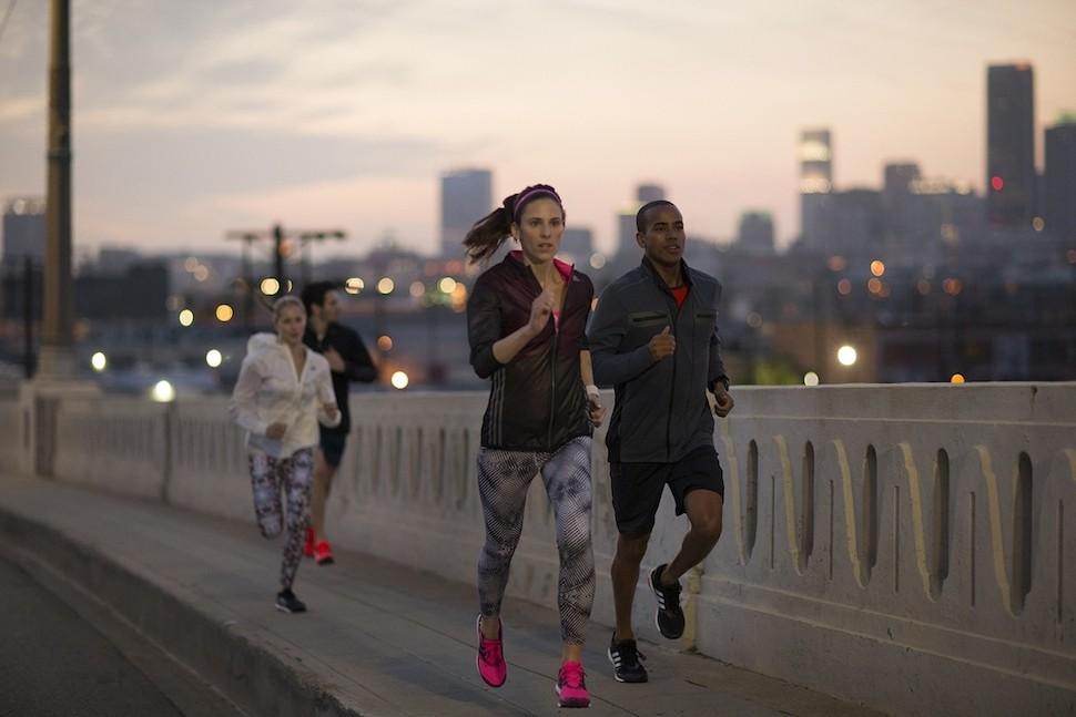 9.adidas 10 大路跑備戰攻略(七)-一起努力的練跑同伴,或前往adidas Running EXPO 現場加入 adidas Running Club,與跑友們隨時起跑