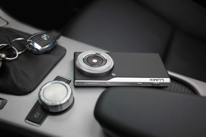 panasonic-lumix-cm1-smartphone-with-leica-lens-coming-to-america-1