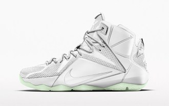 john-elliott-nikeids-the-lebron-12-for-his-first-runway-show-1