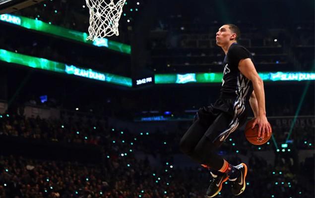 nba-feet-all-star-2015-dunk-contest-01