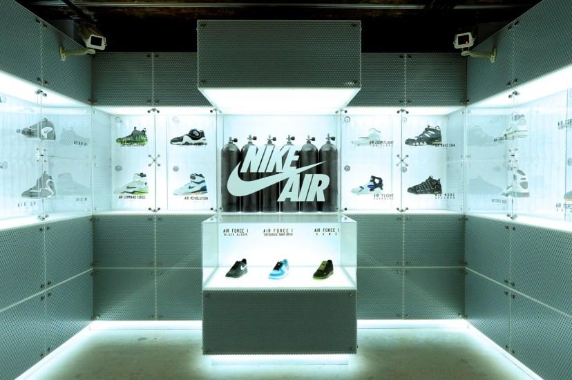 Nike Inside Access Studio Panel展出了由80年代至今天的多款經典設計 (1)