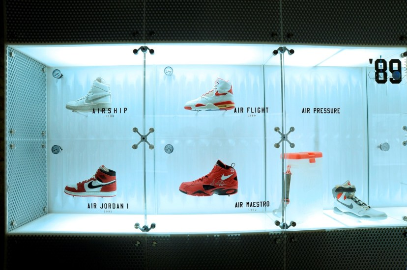 Nike Inside Access Studio Panel展出了由80年代至今天的多款經典設計 (3)