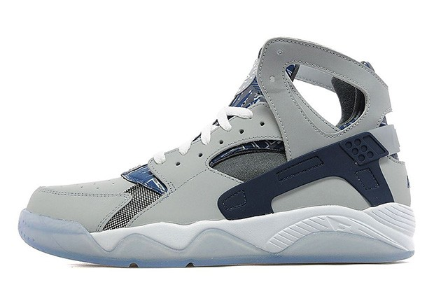 Nike-Air-Flight-Huarache-Georgetown-Hoyas-1