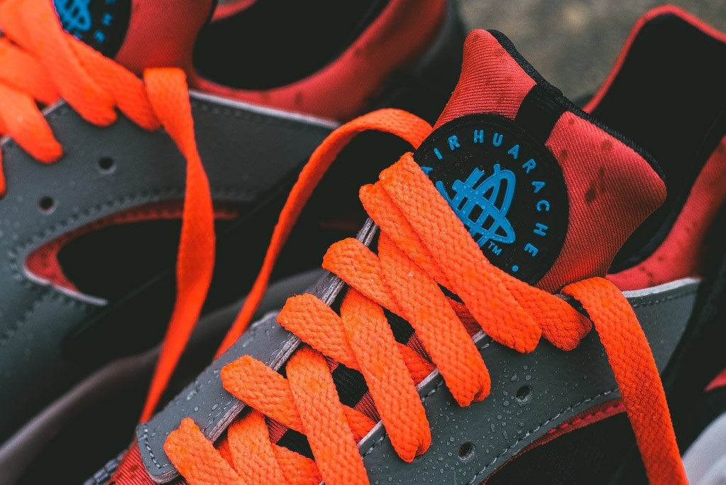 Nike_Air_Huarache_Grey_Infrared_5