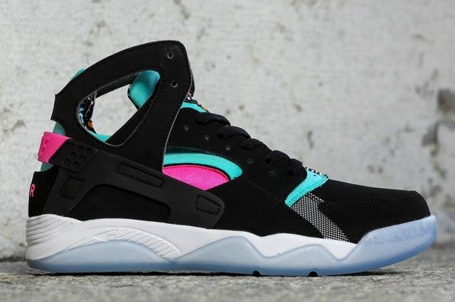 Nike-Air-Flight-Huarache-Pink-Pow-Black-1