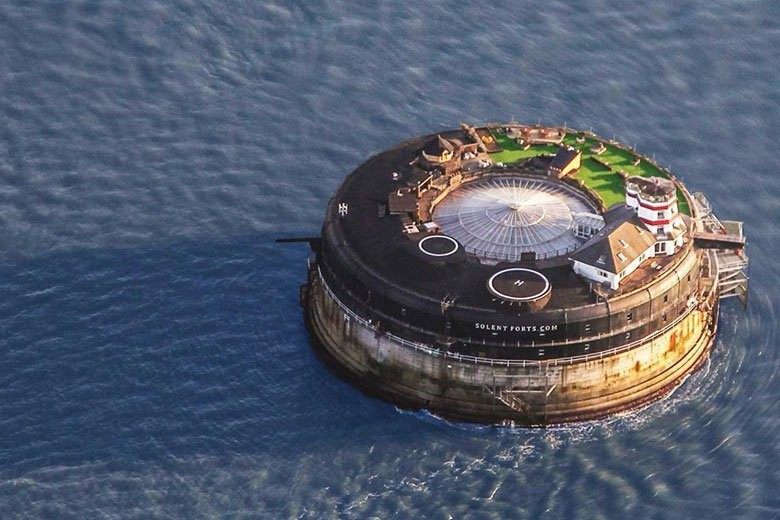 this-19th-century-sea-fort-has-been-converted-into-a-modern-luxury-hotel-6-copy