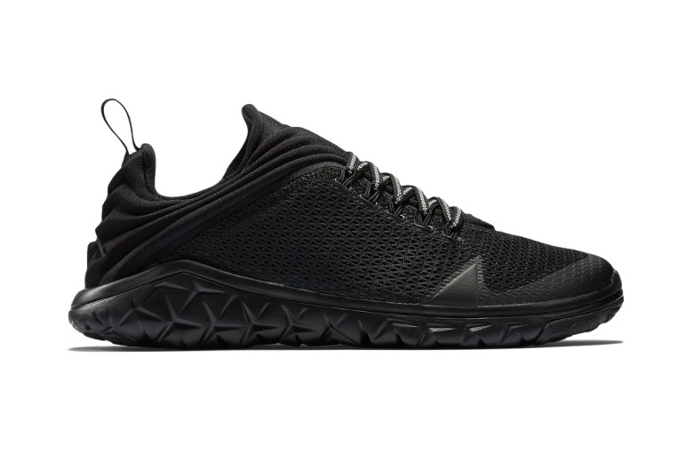 air-jordan-flight-flex-trainer-triple-black-1