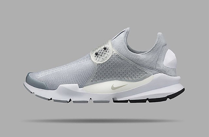 a-first-look-at-the-nikelab-sock-dart-sp-gray-1