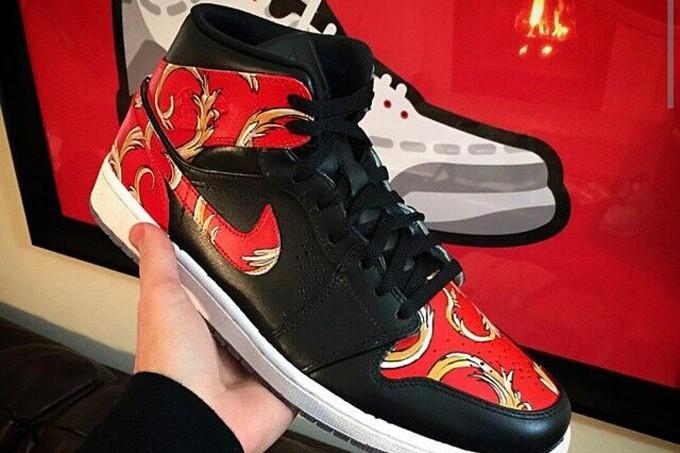"""Supreme x Air Jordan 1 Mid """"Red Supreme"""""""