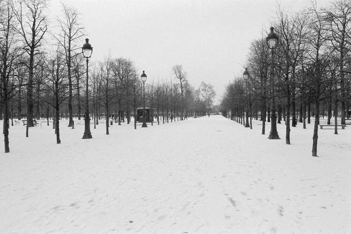 Moments-0422-0521 瞬間─李守智攝影裝置展-02靄靄白雪