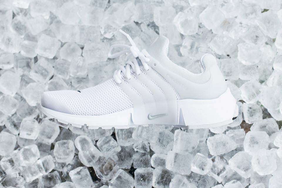nike-air-presto-black-white-pack-04-960x640