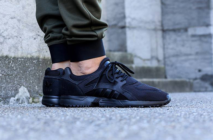 adidas-originals-racer-lite-black-1