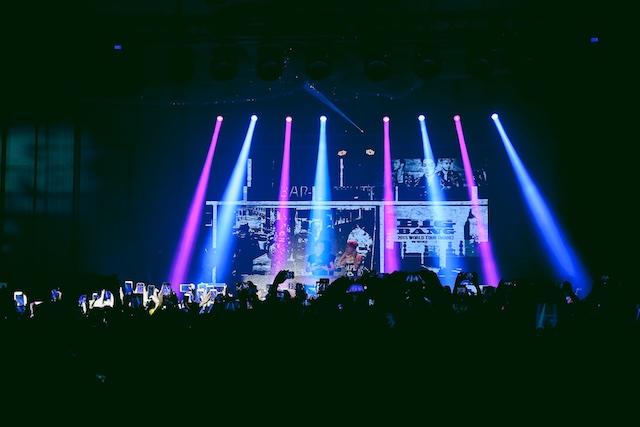 G-DRAGON在派對上打碟助興 2