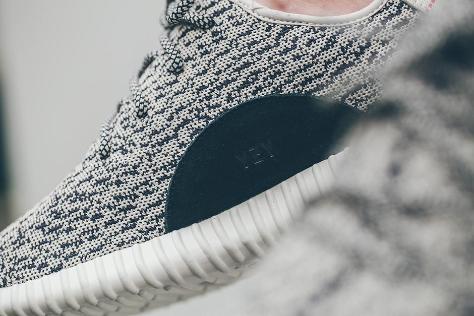 adidas-yeezy-350-boost-low-on-feet-look-05