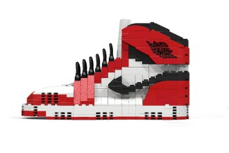 air-jordan-1-made-out-of-lego-001