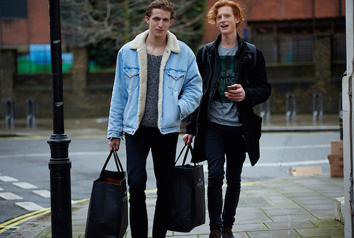 London-Collection-Men-FW16-Models-off-Duty_fy5