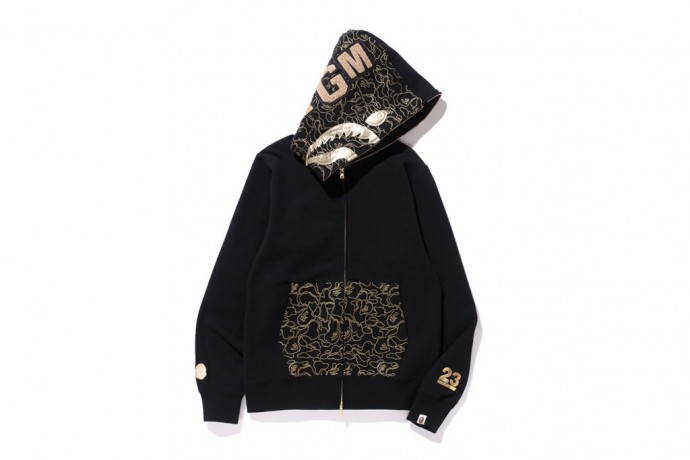 bape-23-anniversary-gold-collection-1
