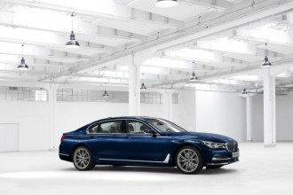 BMW-Individual-7-Series-THE-NEXT-100-YEARS-4