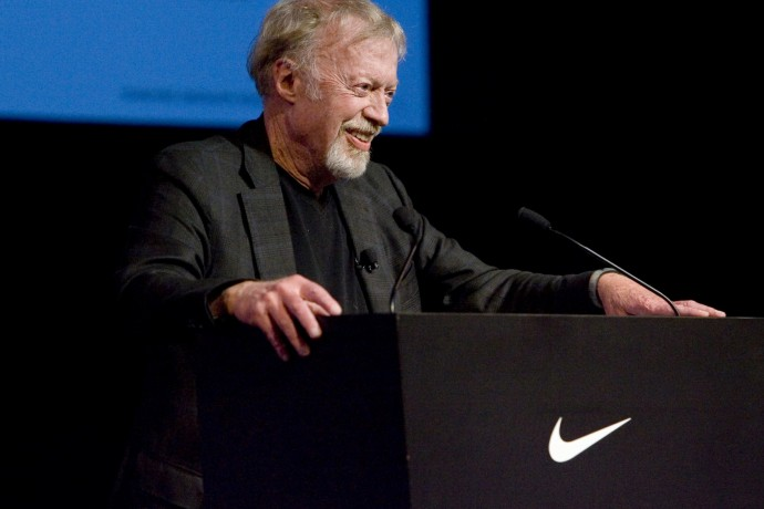 nike-co-founder-phil-knight-stepping-down-as-chairman-ceo-mark-parker-to-take-over-1