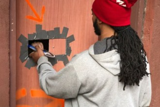 yeezy-light-brown-backdoor-sneaker-shop-video-001