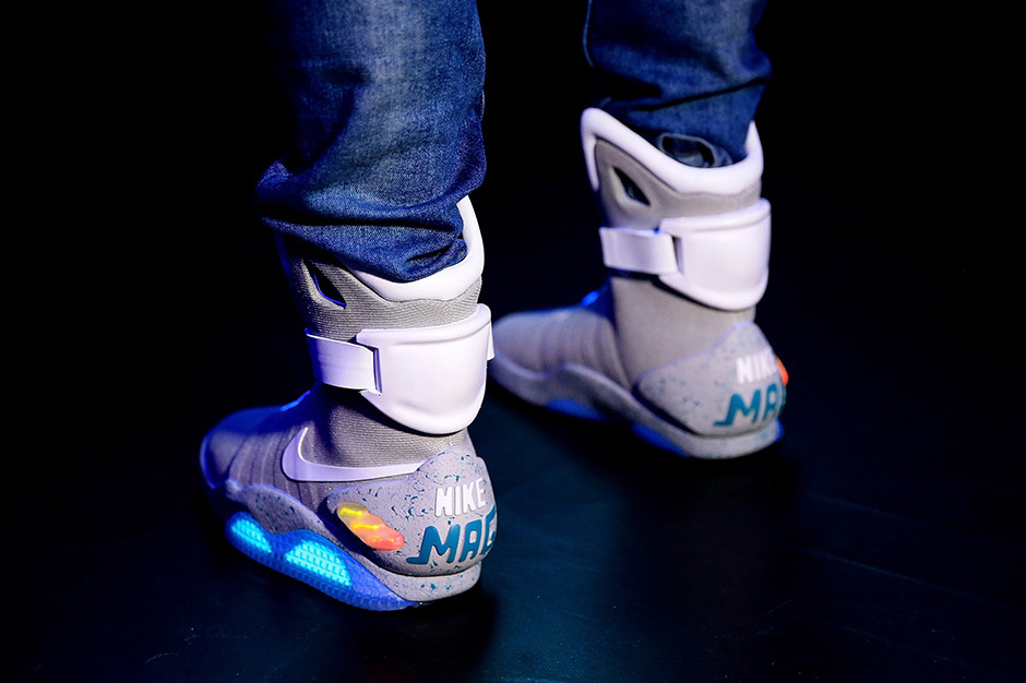 nike-mag-sells-for-over-56000-at-london-auction-4