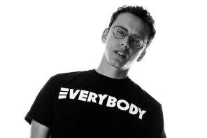 饒舌歌手 Logic 也愛 Supreme 聯名大 Air!走進 Flight Club 怒撒「5」萬台幣血拼