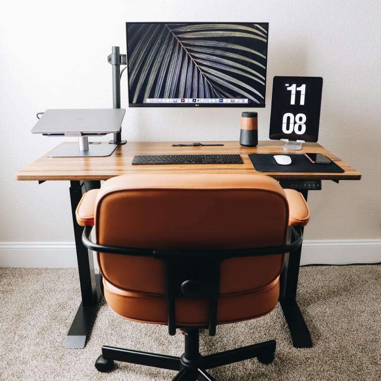 Fully Jarvis vs. UPLIFT V2: 2021 Standing Desk Review