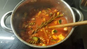 minestrone soep koken