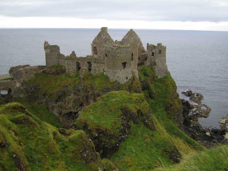 pic of Dunluce Castle