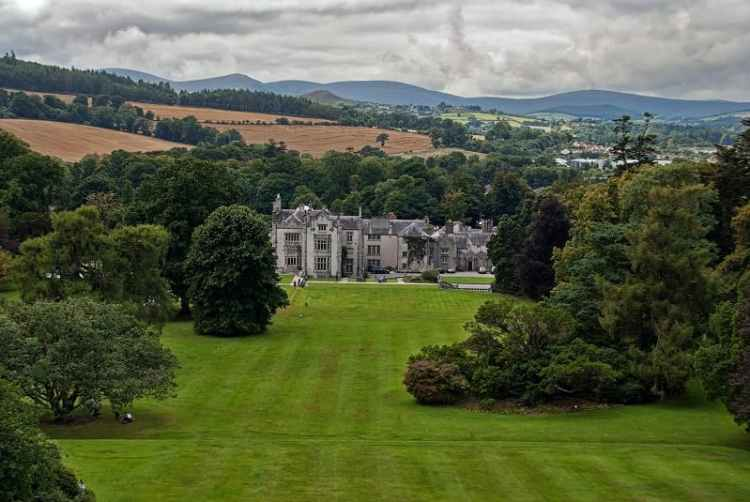 Picture of Kilruddery House and Gardens