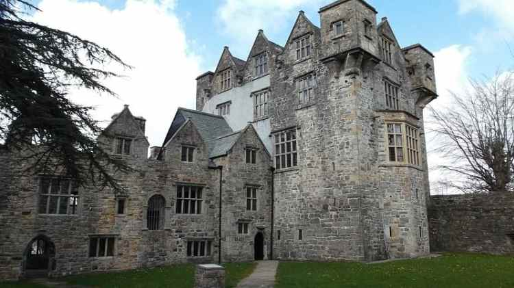 Picture of a Haunted Castle