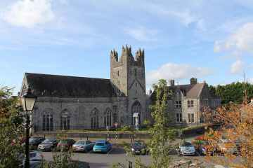 featured image of Best Irish Monasteries to Visit