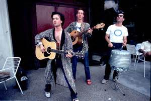 Photo of Sounds Great: First New Violent Femmes Song in Like For-Freaking-Ever, Man